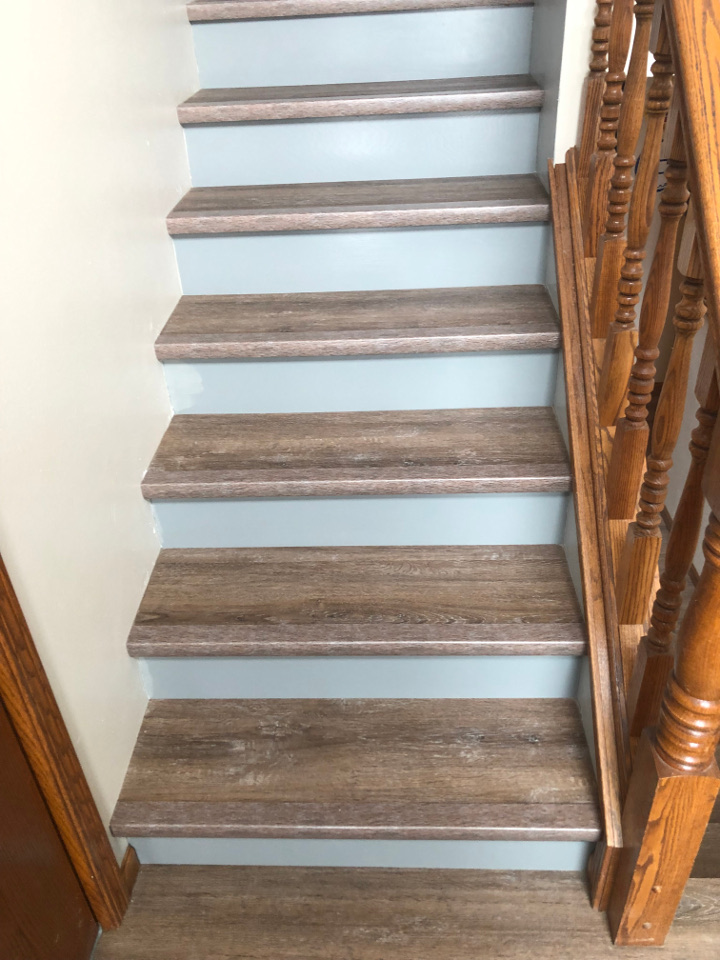 Sioux Falls Flooring Installers Stair, Can You Put Vinyl Wood Flooring On Stairs